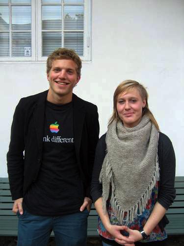 Ræpresentant Bendik Støckert og Stine Mai fra hhv. InSpe + spARK